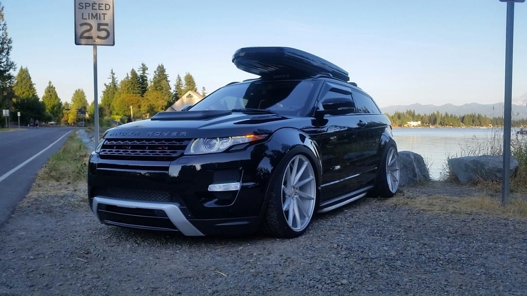 Range Rover Evoque Running Vossen Cvt Wheels In Gloss